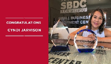Cyndi Jarvison, UNM-Gallup SBDC's Director, receives SBA recognition.